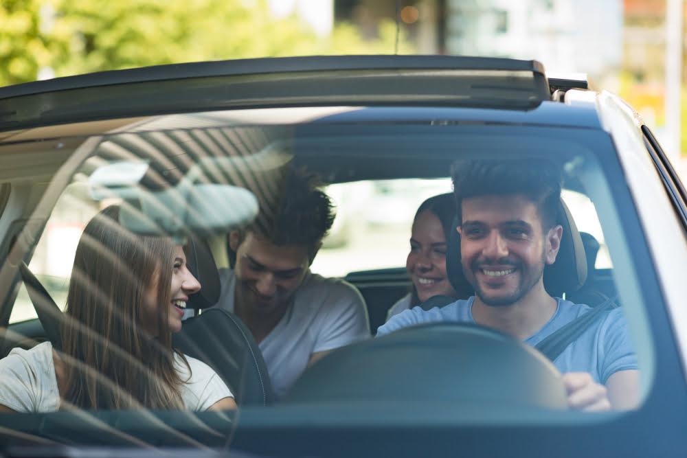 Car-sharing. Formuła wypożyczania aut na minuty zawojowała polskie miasta