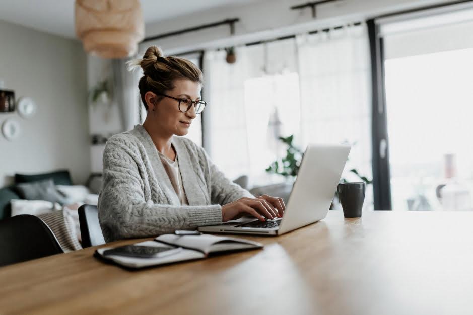 Laptop do biura – krótki przewodnik dla kupujących