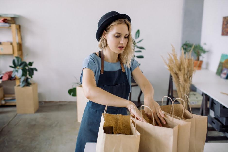 Sprzedajesz przez Internet? Zadbaj o ekologiczny e-commerce!